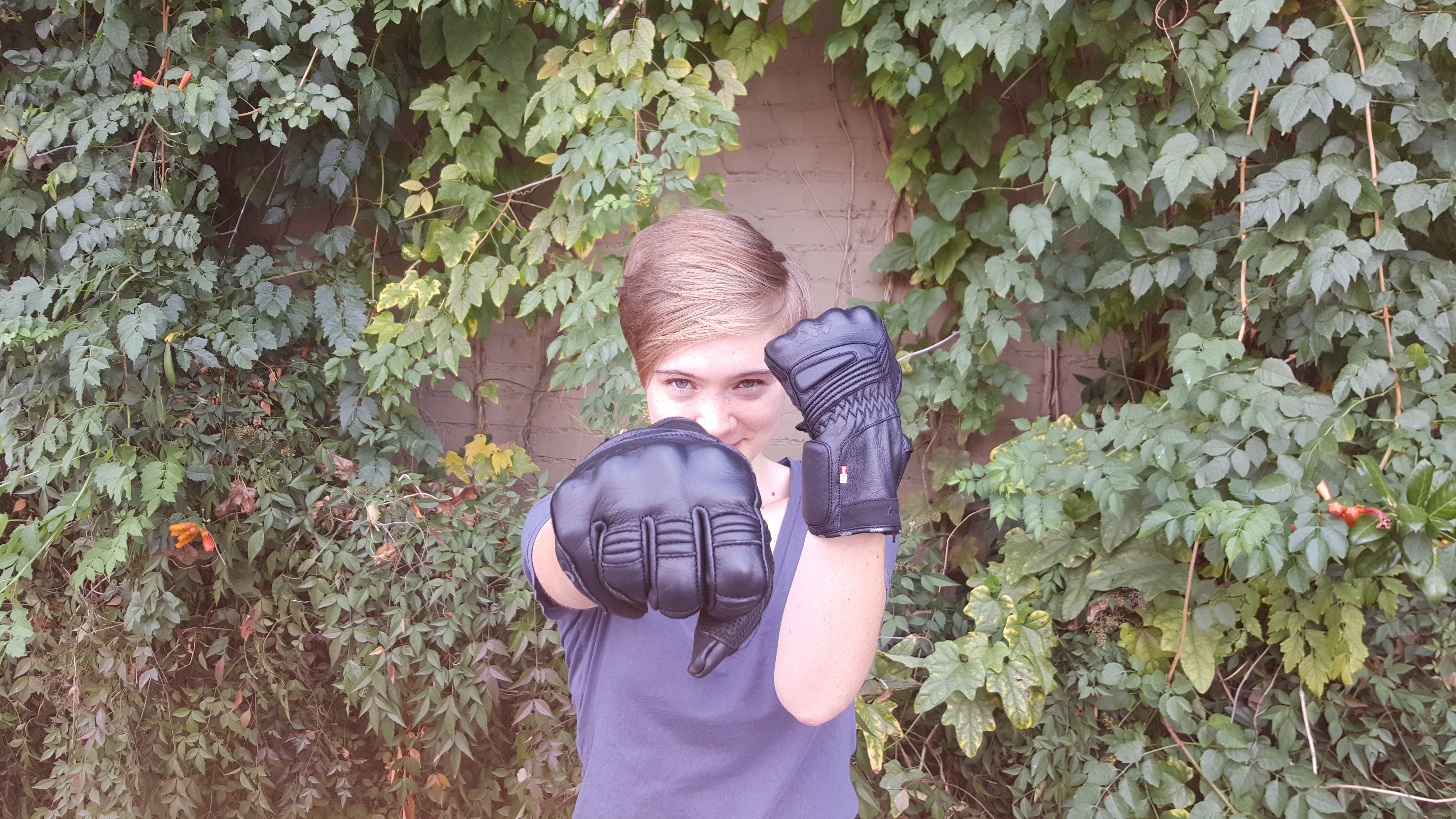 Knox Armour Covert Gloves Review - RIDEWELL -