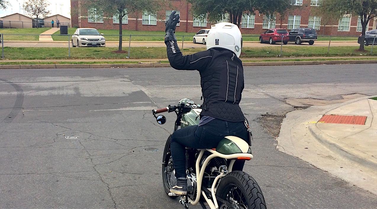 Three Reasons Every Rider Should use Hand Signals | RIDEWELL