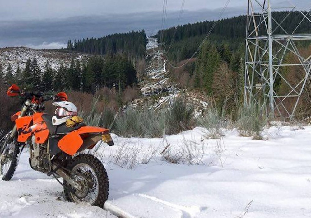 How to Ride Motorcycles All Winter Long